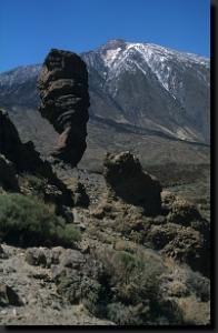 Skála zvaná Boží prst ve skalním městě Roques de García