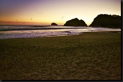 Soumrak nad pobřežím Pacifiku