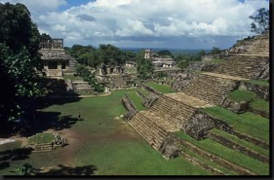 Chrámy a pyramidy v mexickém Palenque