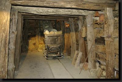 Pozůstatky důlní těžby na Elbě