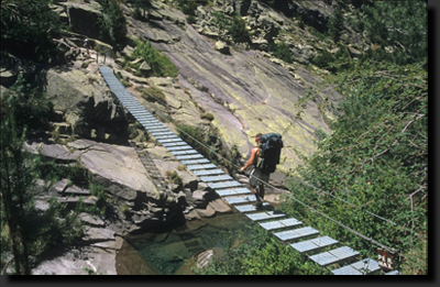Visutý most v korsických horách