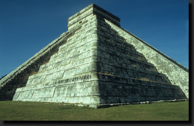 Pyramida v Chichén Itzá