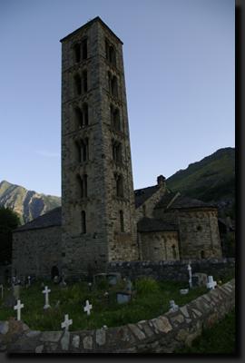 Románský kostel ve vesnici Taüll